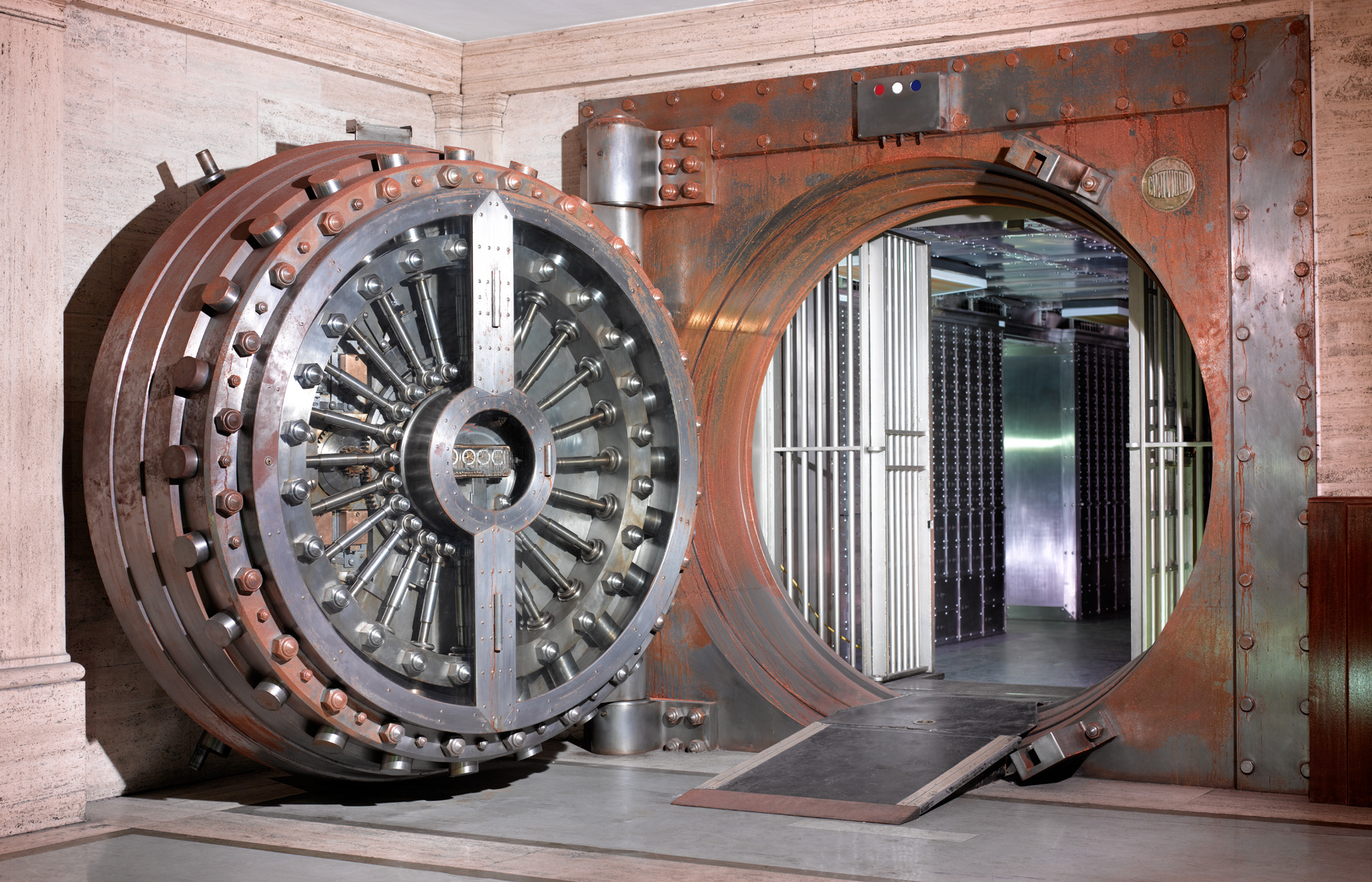 Midlands Bank Vault CopyrightPeterDazeley credit photographer Peter Dazeley