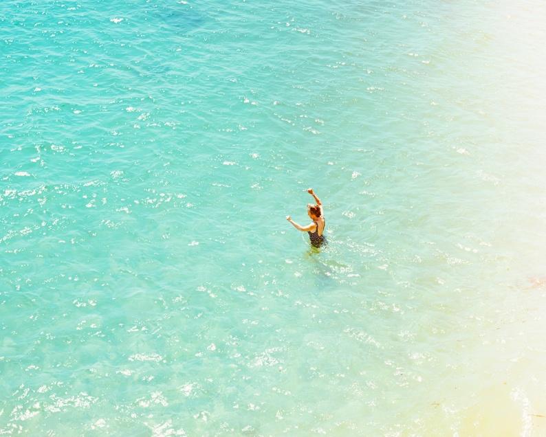 27 Lone Swimmer
