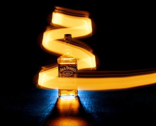 Jack Daniels Lightbulb retouched 2048px 39040