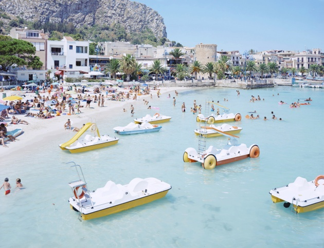 Massimo Vitali Mondello Paddle Boats 2007